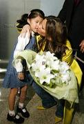 VB & her fans (pix through the years) Th_532344383_a2_122_133lo