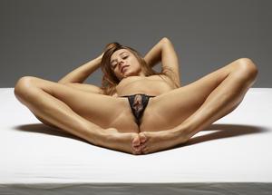 [Image: th_563476207_Dominika_C_hegre_pussy_pant..._200lo.jpg]