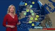 Carol Kirkwood (bbc weather) Th_990546385_004_122_545lo