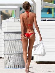 http://img268.imagevenue.com/loc549/th_260073541_lauren_stoner_bikini_topless_march19_2012_5_123_549lo.jpg