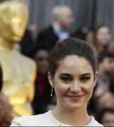 *ADDS* Shailene Woodley- 84th Annual Academy Awards 02/26/12- 32 HQ